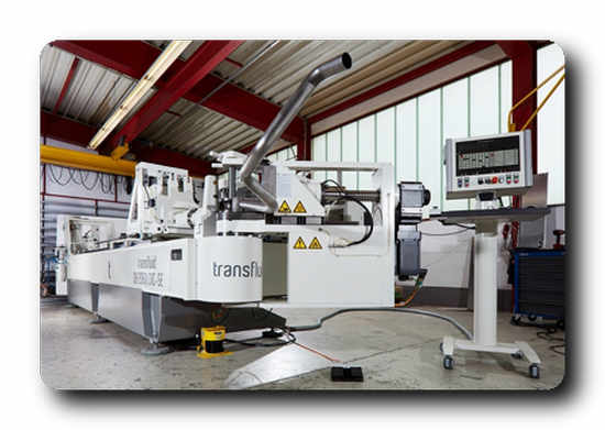 The software prevents collisions with the machine, the tools and also the surrounding area before initiating the bending process. © transfluid